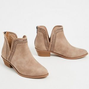 TAUPE FAUX SUEDE LASER V-CUT ANKLE BOOT (WW)